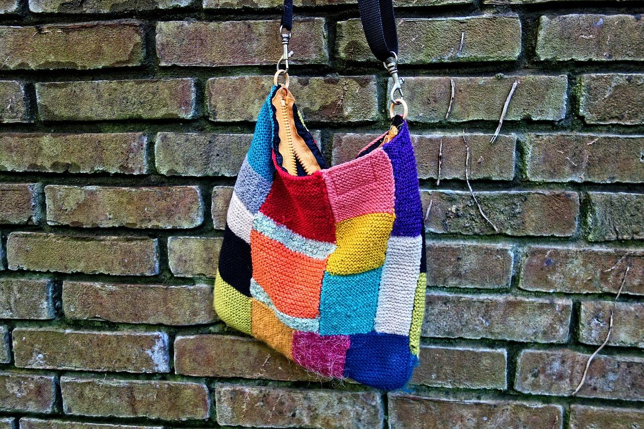 編み物のパッチワークとは?棒針、かぎ針、機械編みの画像集11選